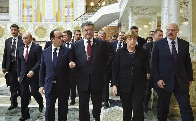 """A Minsk colloqui di leader del """"Quartetto Normanno"""" per risolvere la crisi del Donbass"""