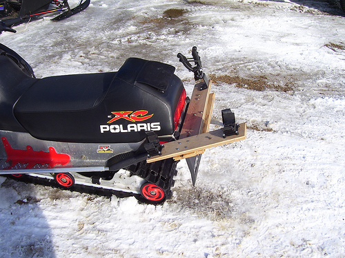 Snowmobile Auger Rack3