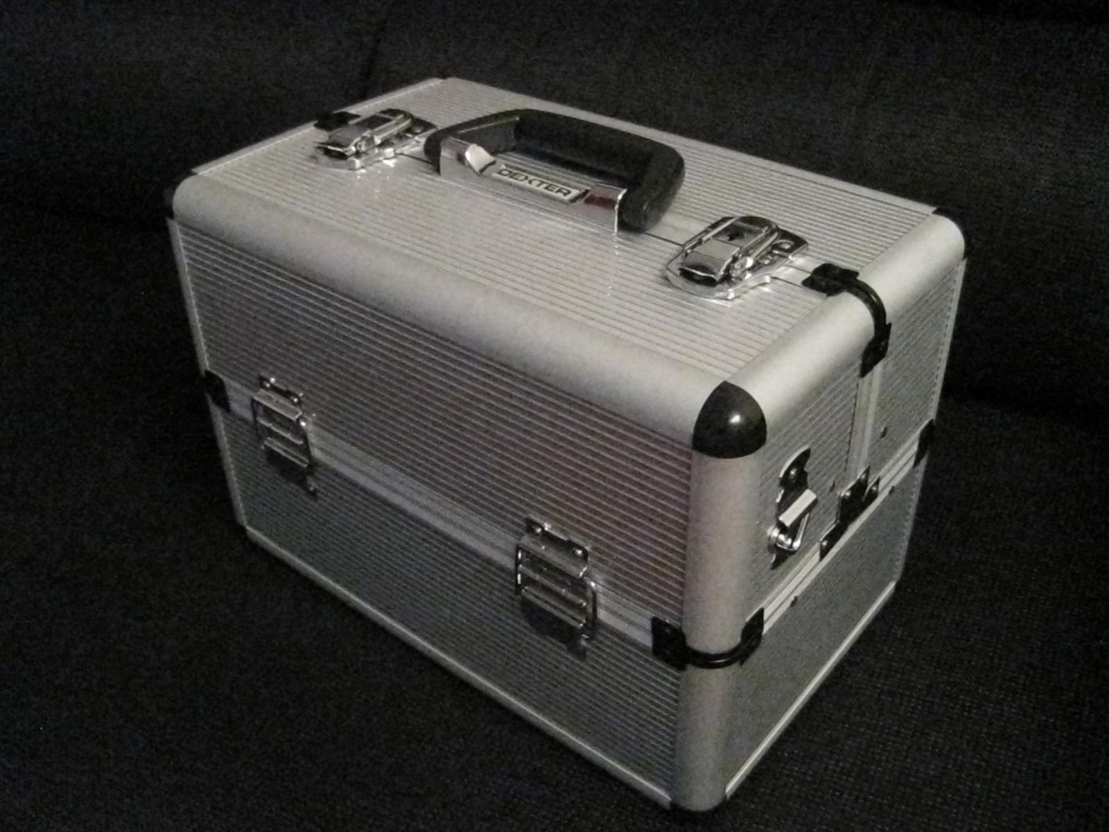 maletin de aluminio para maquillaje