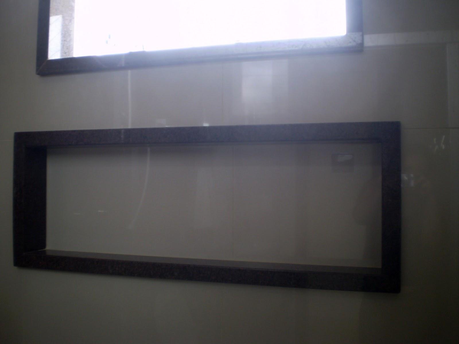 Casa da Áurea Bordas em nichos e janelas de banheiro -> Nicho Embaixo Da Janela Banheiro