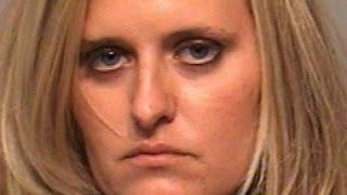 Mujer incendia casa de amiga por eliminarla de Facebook