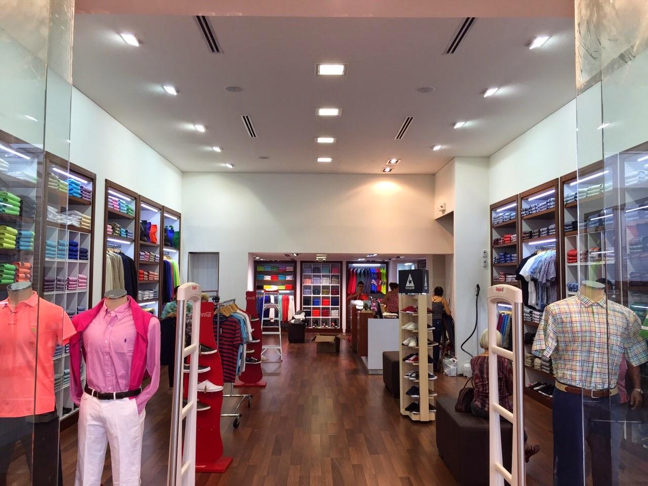 Muebles para locales comerciales american classic c c - Muebles para centros comerciales ...
