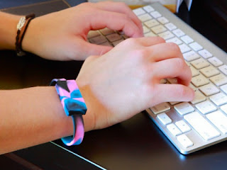 Wristbands USB MOH