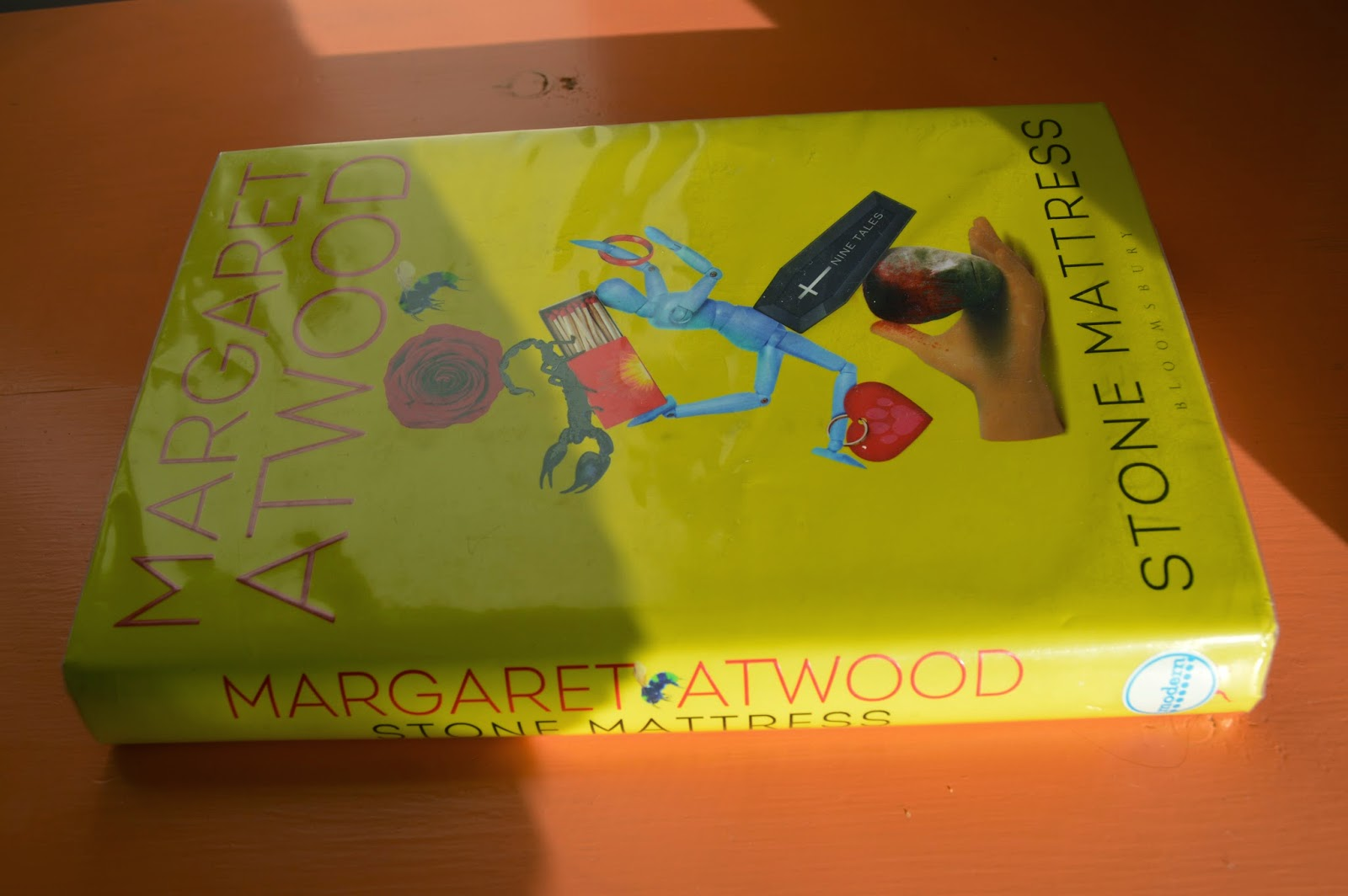 Stone Mattress, Margaret Atwood, collection of short stories, Torch the Dusties, I dream of Zena, hardback, review, book, modern literature,