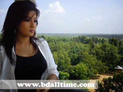 BD Film Actress Mahiya Mahi