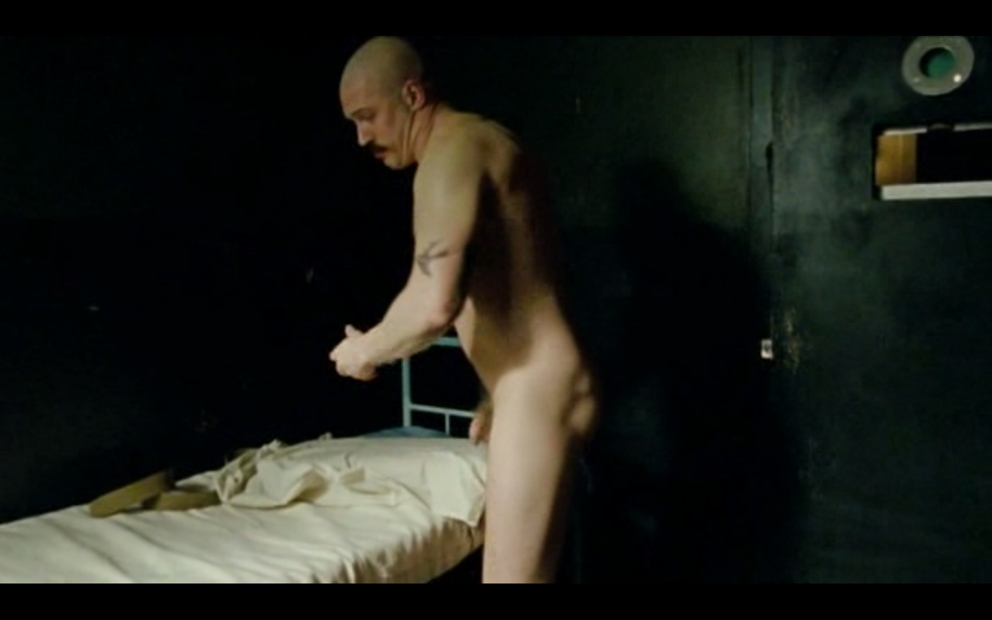 Eviltwin S Male Film Tv Screencaps Bronson Tom Hardy