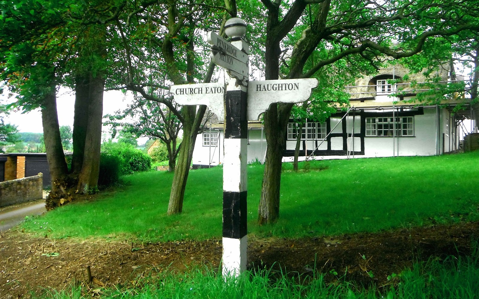 Signpost at Bradley
