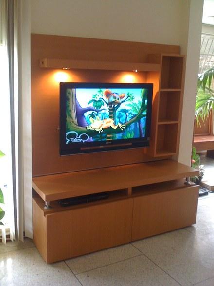 Dise os salazar l nea de centros de entretenimientos - Mesas de television de plasma ...
