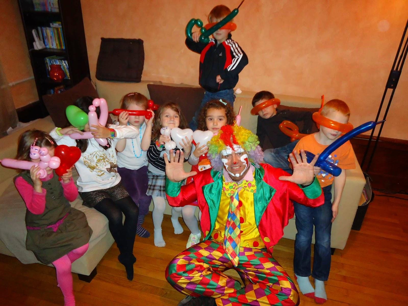 clown freddo le sp cialiste des anniversaires domicile sur gen ve lausanne gex haute savoie. Black Bedroom Furniture Sets. Home Design Ideas