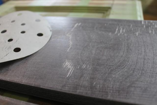 Шлифованная поверхность Покраска мебели своими руками