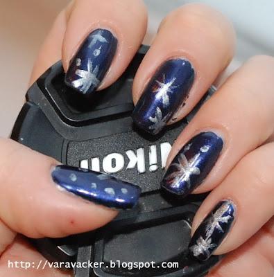 naglar, nails, nagellack, nail polish, stars, julmnikyr, christmas