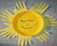http://manualidadesparaninos.biz/sol-reciclable/