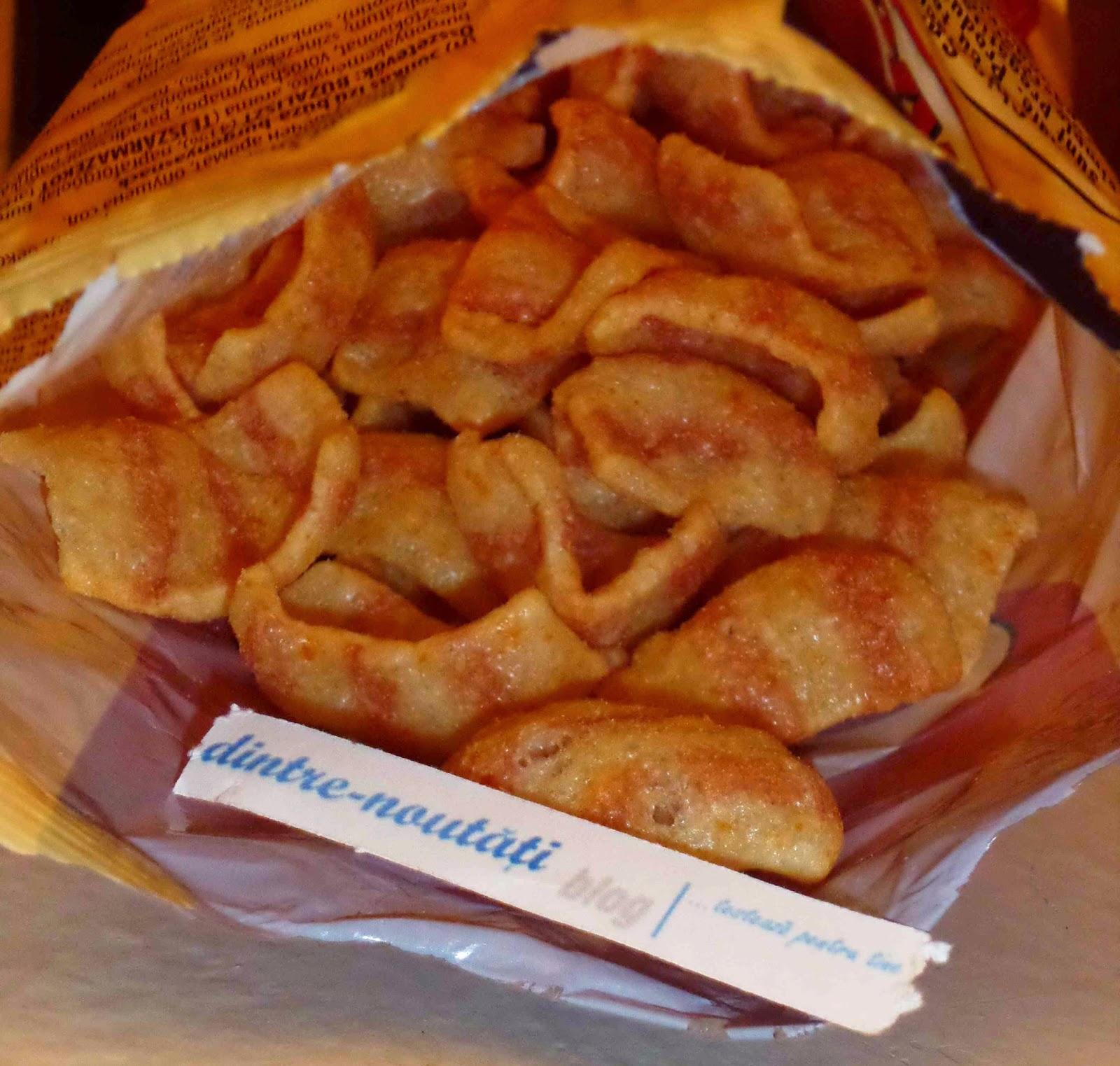Snack din grâu și cartofi cu gust de șunculiță afumată