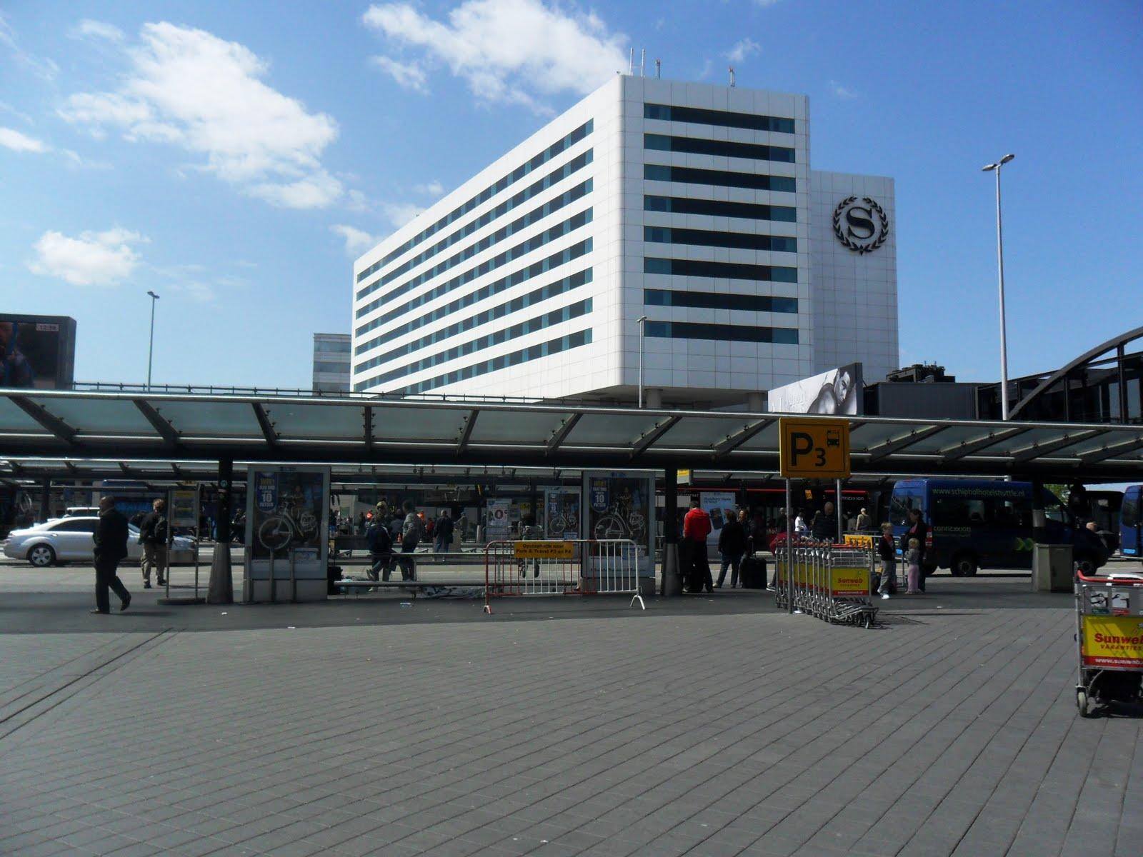 Aeroporto Amsterdam : Na mochila memória no coração do aeroporto para o