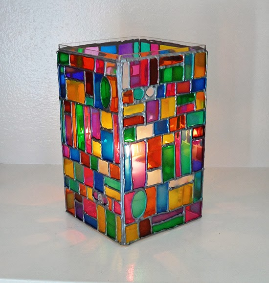Diy stained glass mosaic luminary diy craft projects for Glass art projects