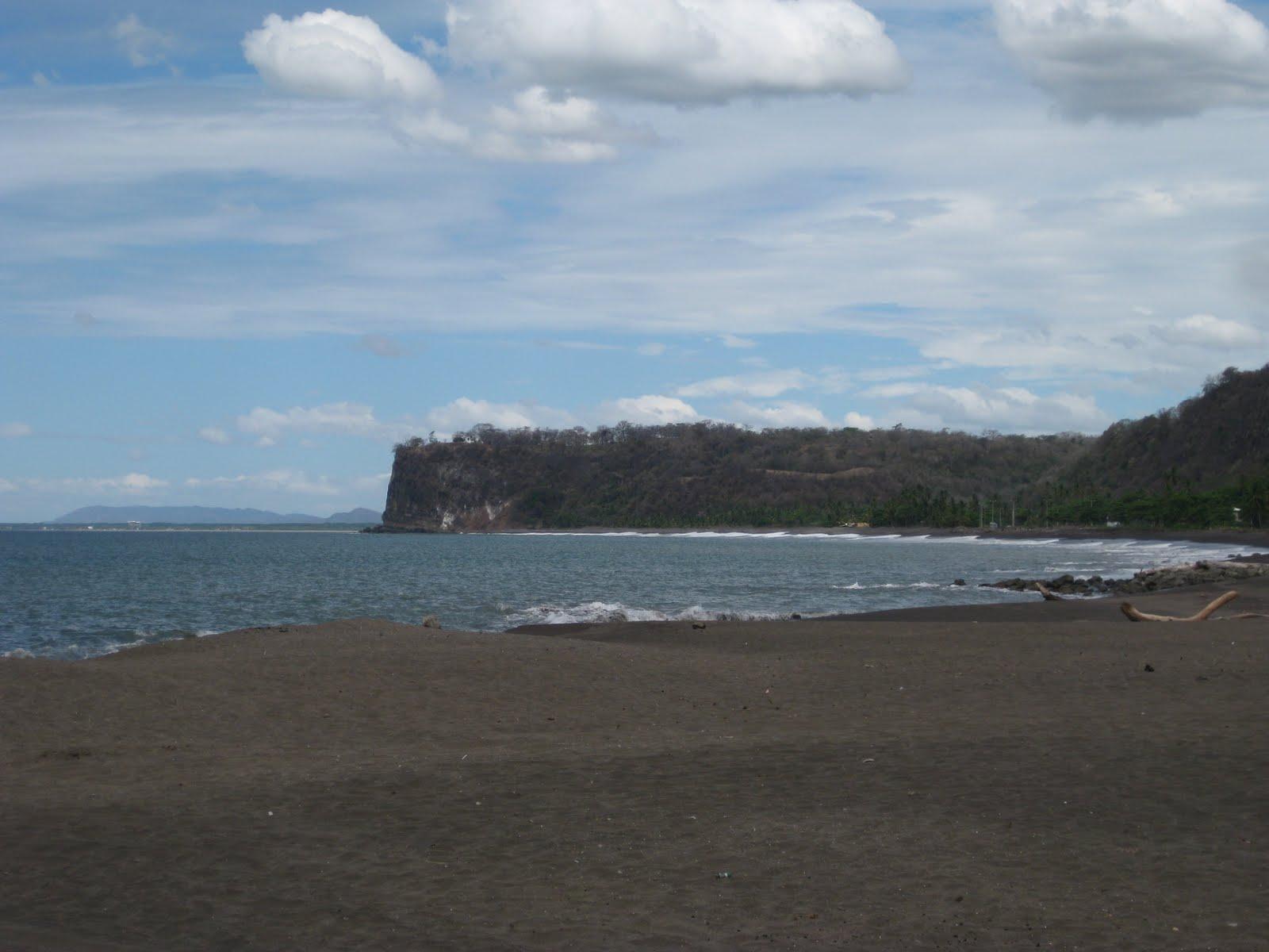 http://4.bp.blogspot.com/-YYiKishjIX4/TfD2IW0YgMI/AAAAAAAAARM/fOsJ3mknLcg/s1600/Puerto+y+Playa+Caldera.JPG