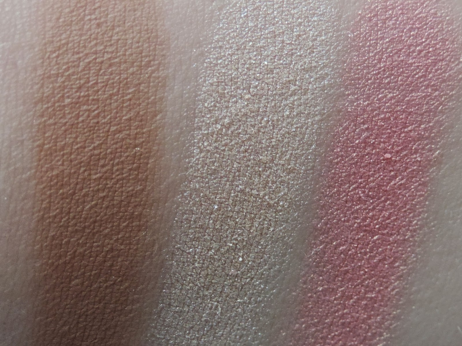 Swatches of Light Face Form Sleek Makeup Palette
