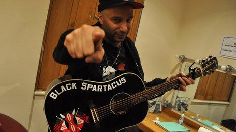 tom morello black spartacus attack machine