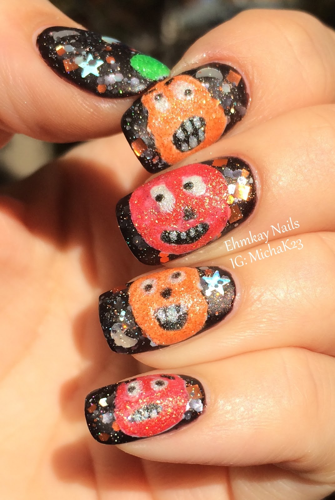 ehmkay nails: Halloween Nail Art Ideas