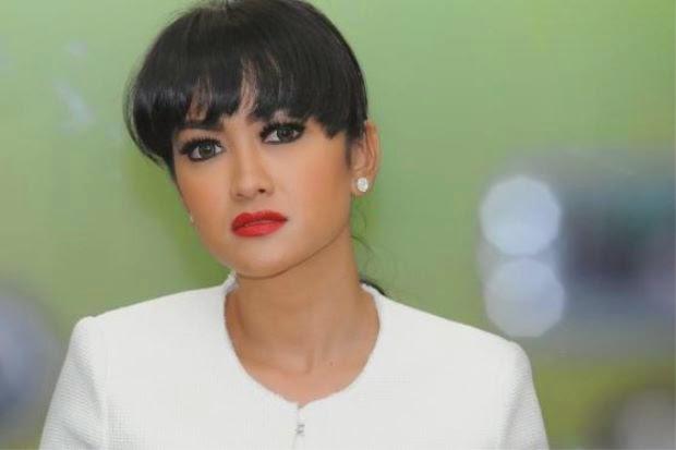 Julia Perez Jual Rumah Bayar Hutang, info, terkini, hiburan, sensasi, gossip, Jupe, Julia Perez