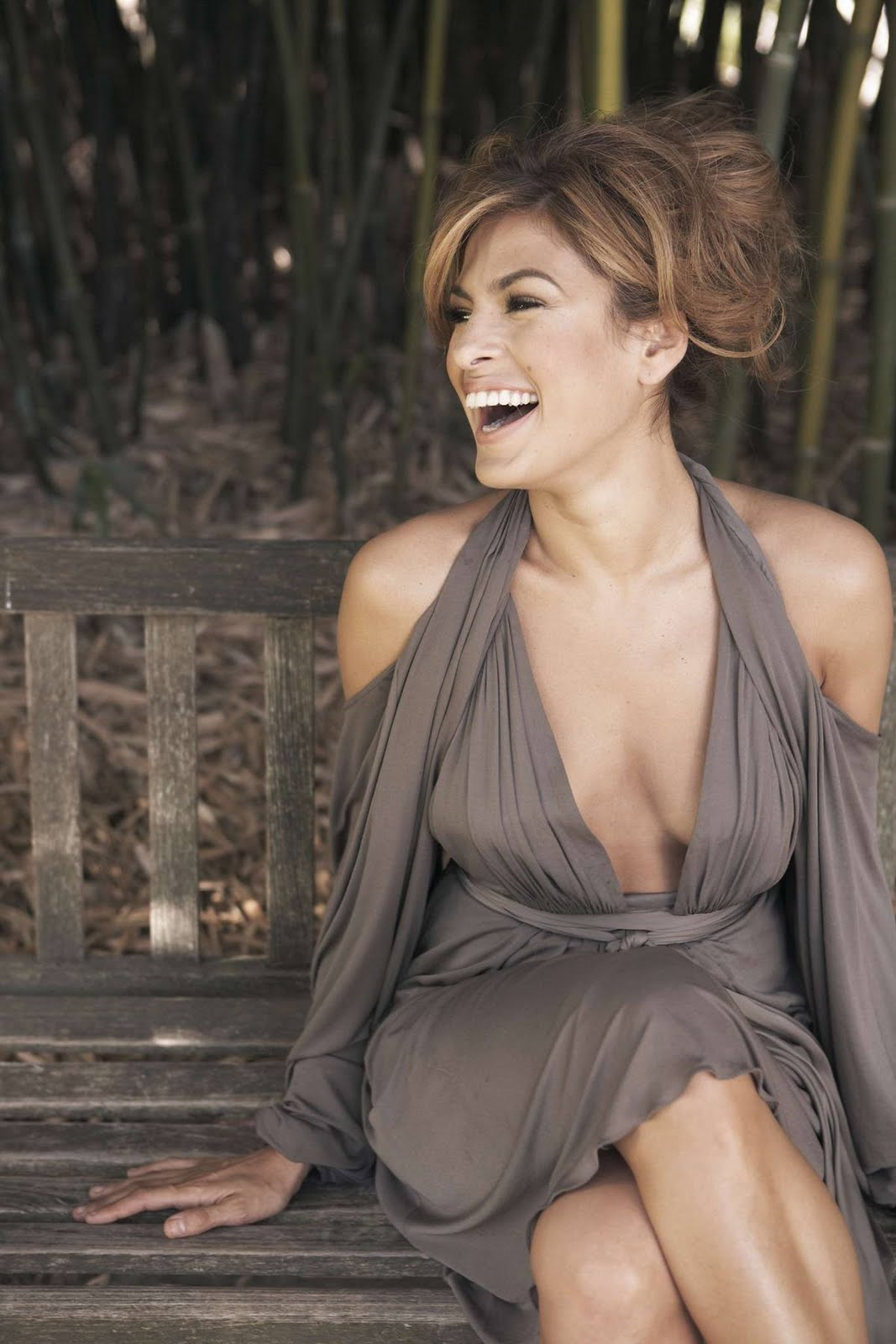 Eva Mendes: Eva Mendes Hot Stills