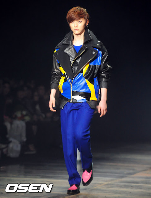 [Pic][070412] Minhyun en Seoul Fashion Week 7