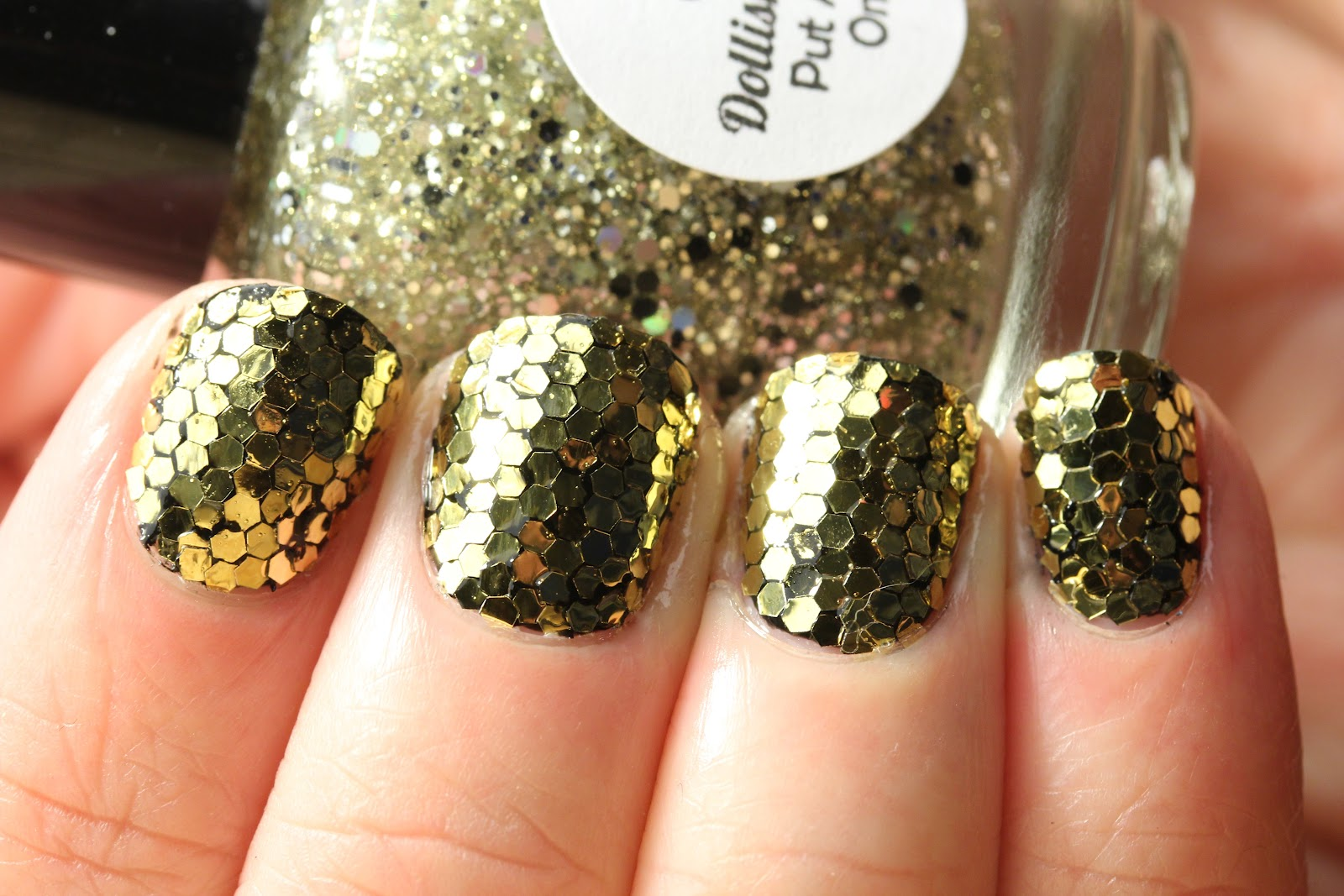 Polish All the Nails: Gold Glitter Mosaic Nails!