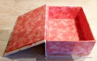 Voglio il mondo a colori scatola libro in stoffa for Foderare una scatola