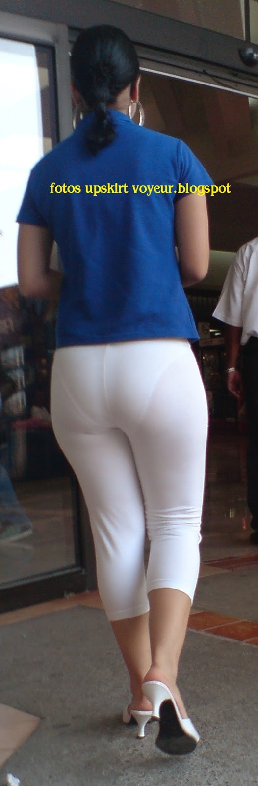 Leggins blancos transparencia calzon a rayas culazo negra - 2 part 4