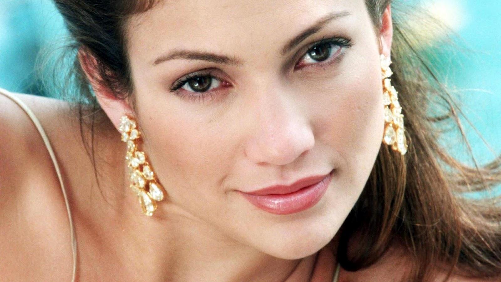 http://4.bp.blogspot.com/-YZqL3sNZbSQ/UBCYASdHB_I/AAAAAAAABh0/9q8G8lXhw0w/s1600/jennifer-lopez-celebrity-wallpaper-1080x1920.jpg