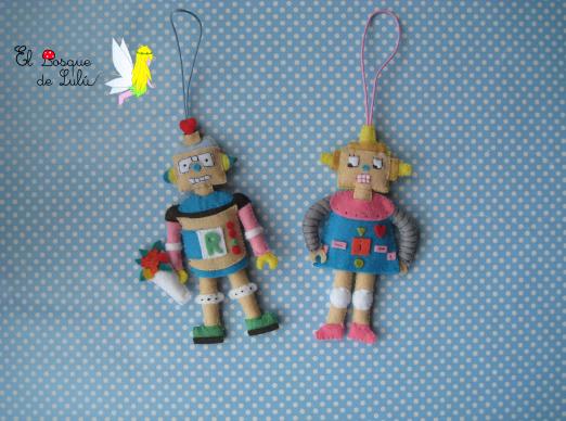 colgante-llavero-fieltro-robots-enamorados-regalo-personalizado