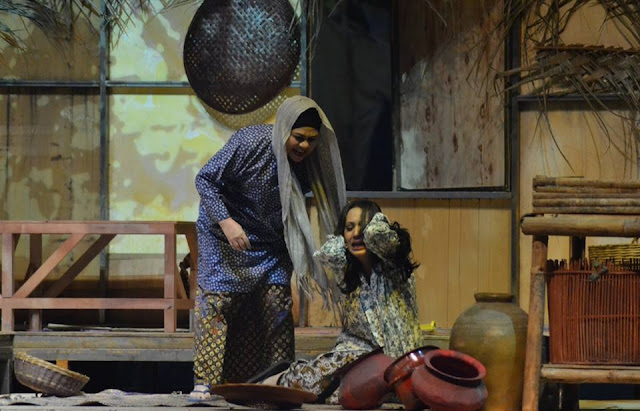 TEATER BAWANG PUTIH BAWANG MERAH DI ISTANA BUDAYA