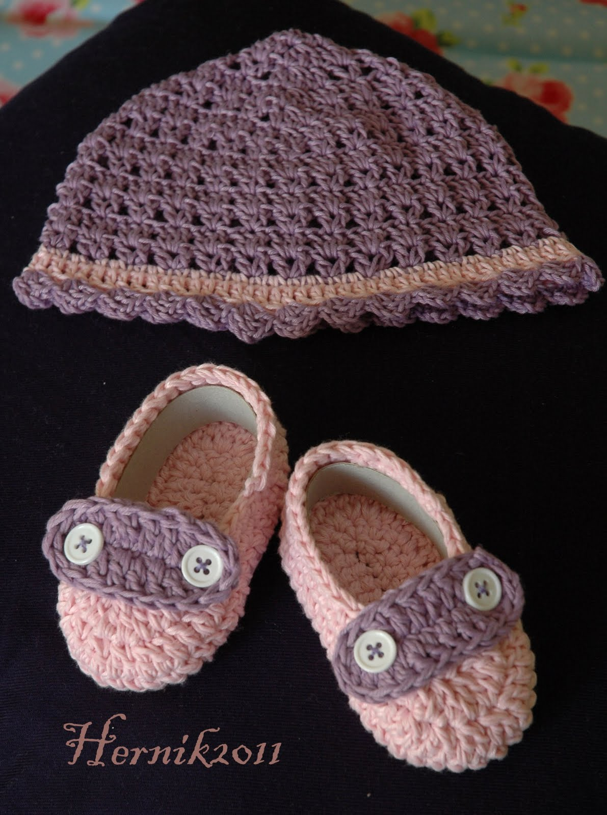 Baby Bootie Knitting Pattern Book