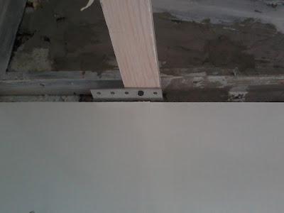 Каркас для потолка на балконе, фото