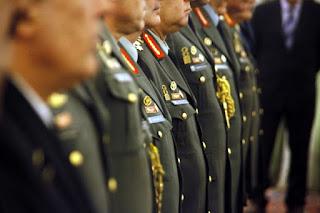 Τι κρύβεται πίσω από την εξαφάνιση των ονομάτων των στρατηγών από τη σελίδα του ΓΕΣ ; Πέπλο μυστηρίου