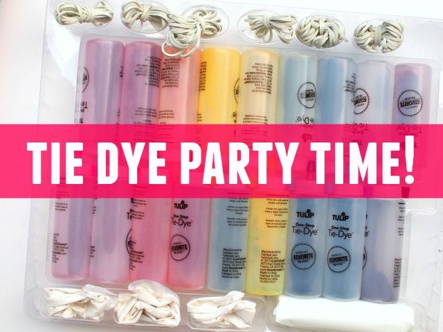How to host a tie dye party with friends