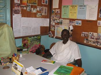 Le Directeur de l'école el hadji mbaye diop