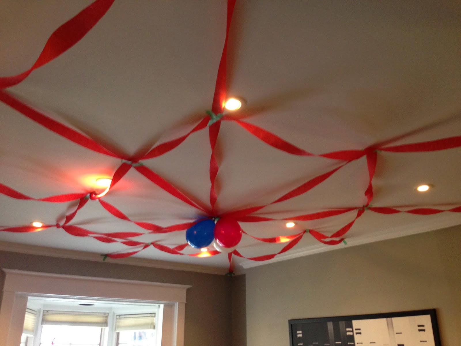 A splendid messy life spiderman birthday party for How to make ceiling decorations