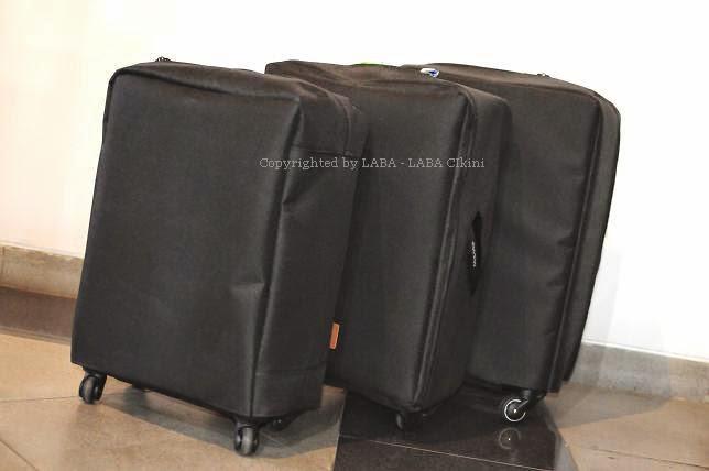 Sarung koper terpal hitam