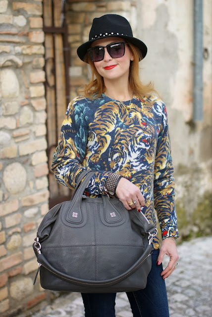 Kenzo flying tiger print sweater, Replay fedora hat, Givenchy Nightingale, Fashion and Cookies, fashion blogger