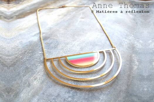 Soldes collier Anne Thomas bijoux plastron Sunset colorés