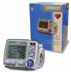 how to use omron blood pressure machine