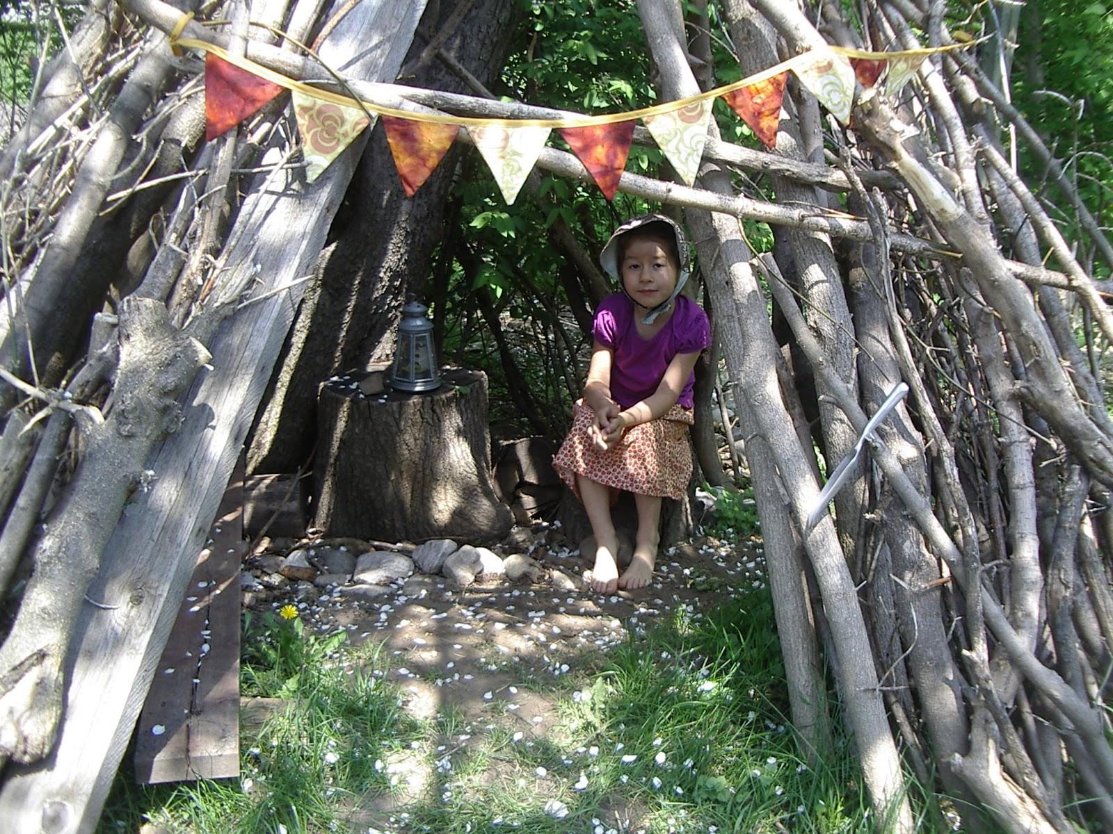 little city farm twig teepee