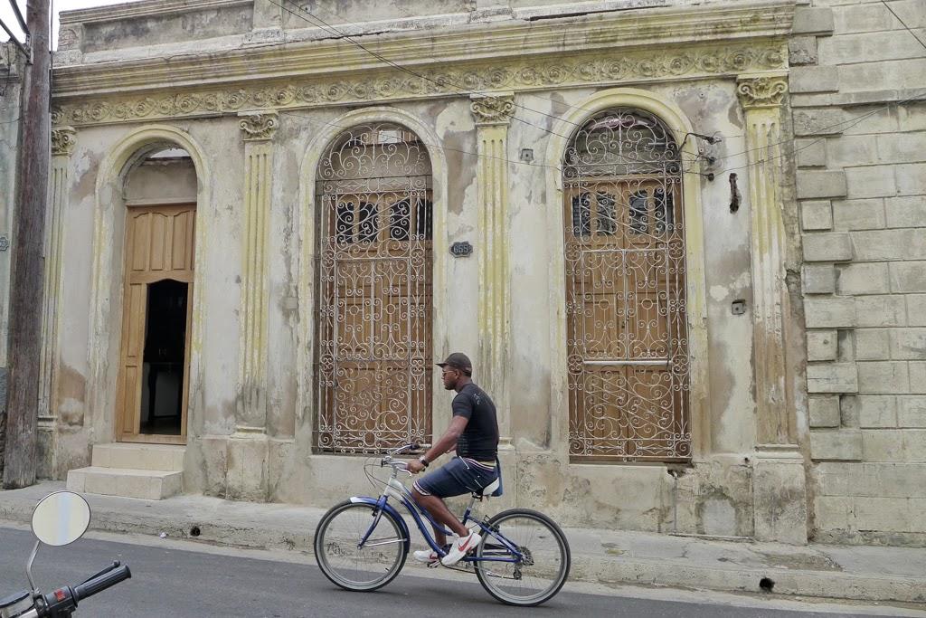 Santiago de Cuba bicycle rider