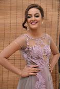 Seerath Kapoor glamorous photos-thumbnail-8