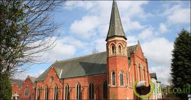 Masjid Didsbury Bekas Gereja Metodis Albert Park
