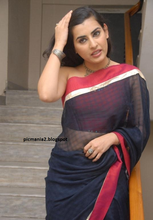 Archana aka Veda hot sexy saree