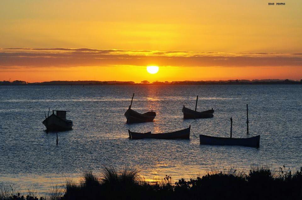 Barcos na Lagoa ao por do sol