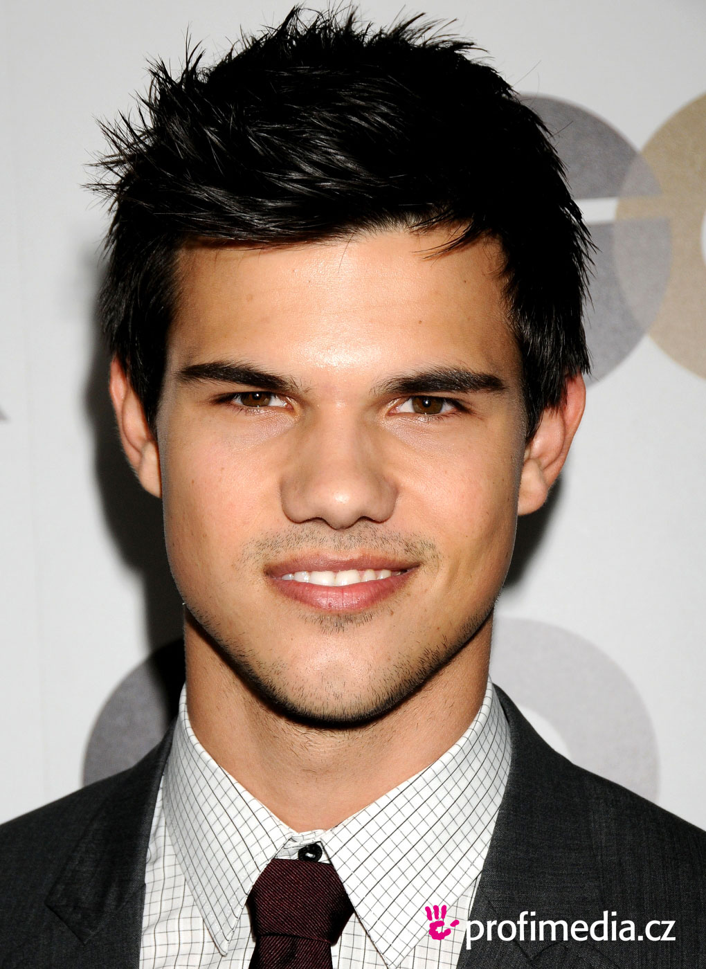 Taylor Lautner Cool Hairstyles | Men Hairstyles , Short, Long, Medium ...