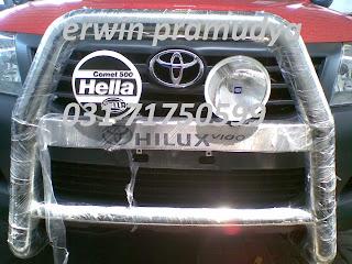 Toyota Hilux Lampu Kabut / Fog Lamp